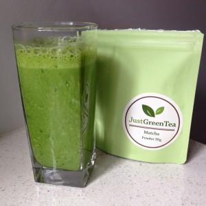 Too healthy! Matcha Banana Kale Smoothie